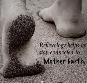 immagine reflexology helps us stay connected
